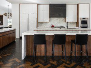 تلفیق کاشی و چوب آشپزخانه