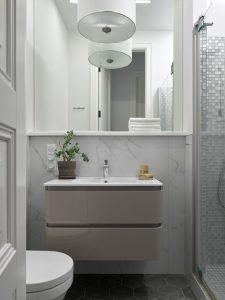 آینه حمام سقفی